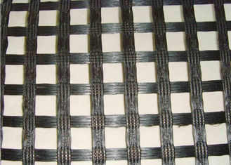 चीन Durable 50KNM Polyester Geogrid with High Strength for Dike Slope आपूर्तिकर्ता